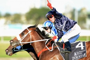 Jim Cassidy rides Zoustar to victory in the G1 Golden Rose