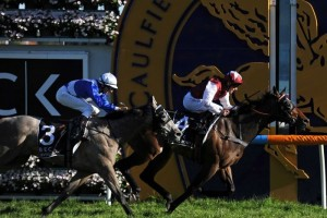 Long John holds off Divine Calling to win G1 Caulfield Guineas